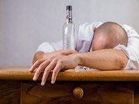 Udowodnienie nietrzeźwości pracownika nie wymaga podania konkretnego stężenia alkoholu we krwi