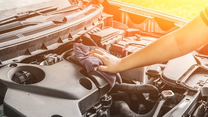 Zagrożenia na stanowisku diagnosty samochodowego