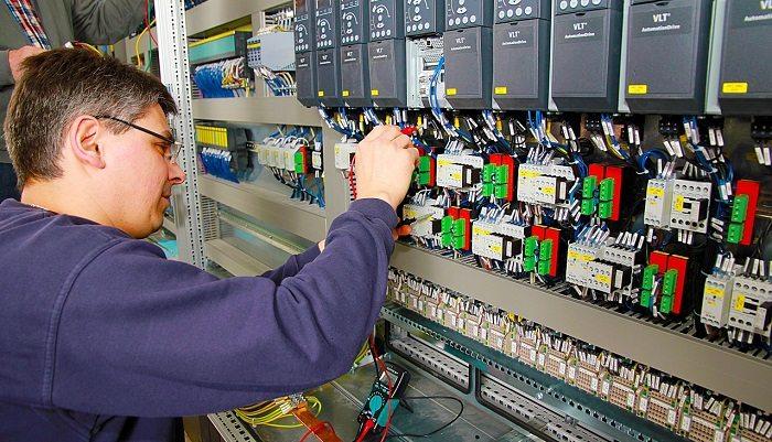 Bhp: automatyzacja pracy pozwoli uniknąć nadmiernego wydatku energetycznego