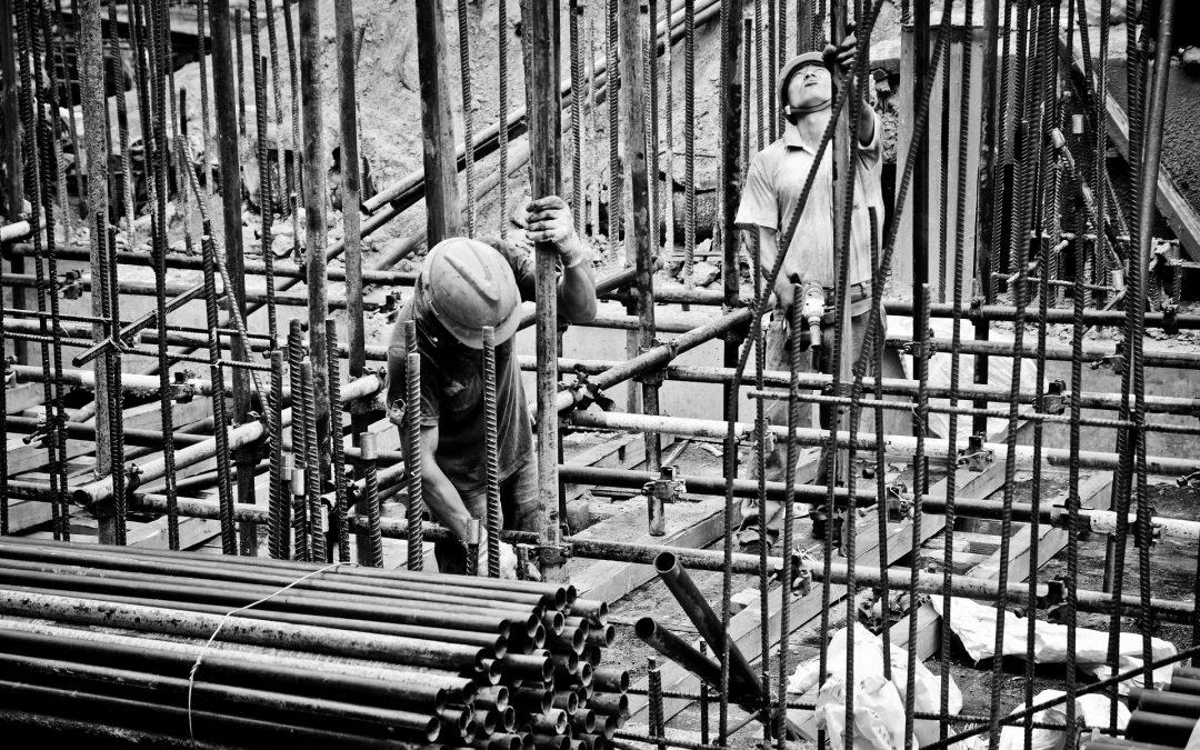 Liczba wypadków śmiertelnych przy pracy spadła o 20 proc.