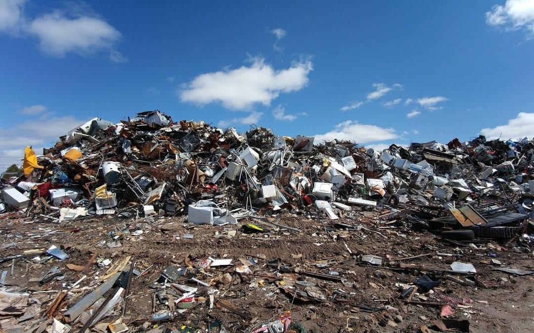 Ochrona przeciwpożarowa na składowiskach i sortowniach odpadów