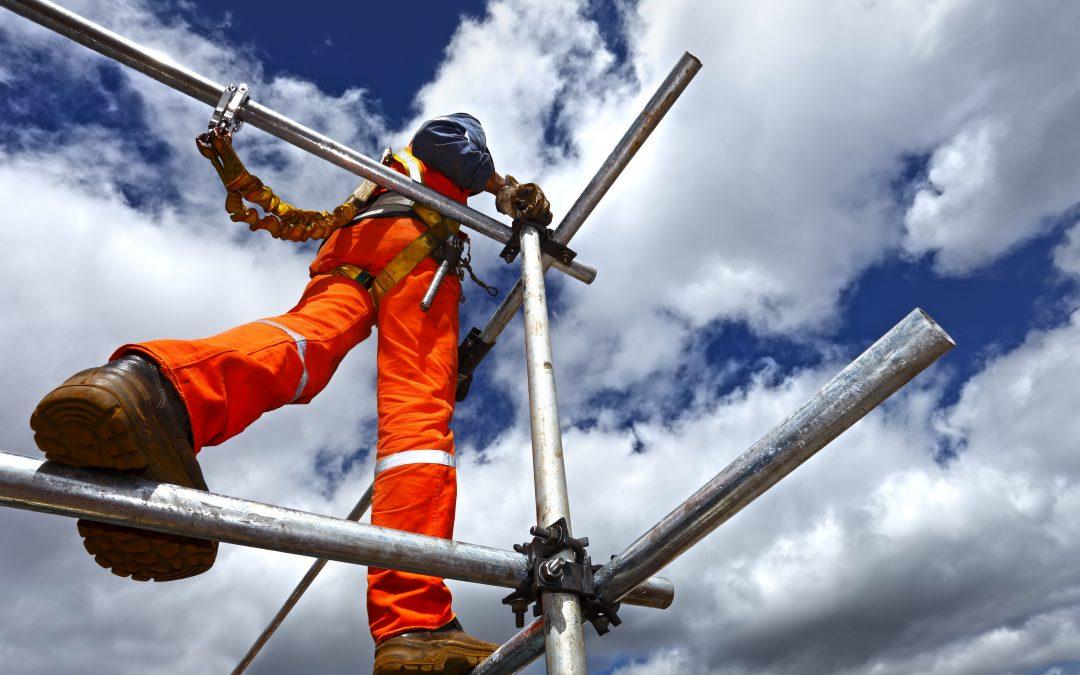 Edukacja i szkolenia bhp zapewniają bezpieczeństwo na budowie
