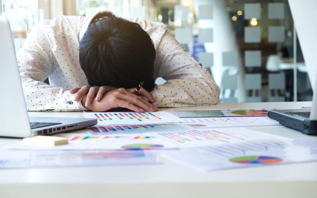 Nuda w pracy może być niebezpieczna