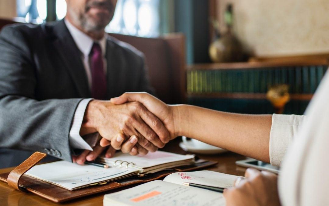Czy można przeprowadzić szkolenie wstępne bhp przed zawarciem umowy o pracę z pracownikiem?