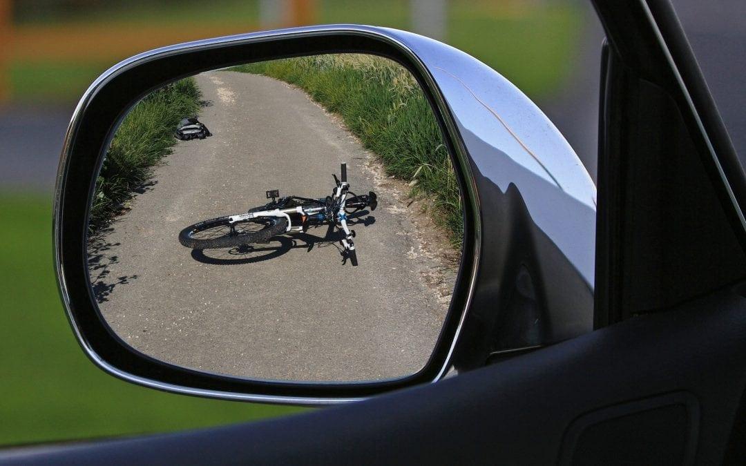 Wypadek w drodze z pracy do domu – kiedy może zostać uznany?