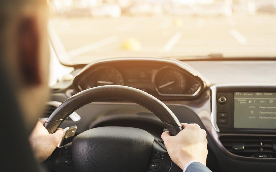 Bezpieczna podróż samochodem