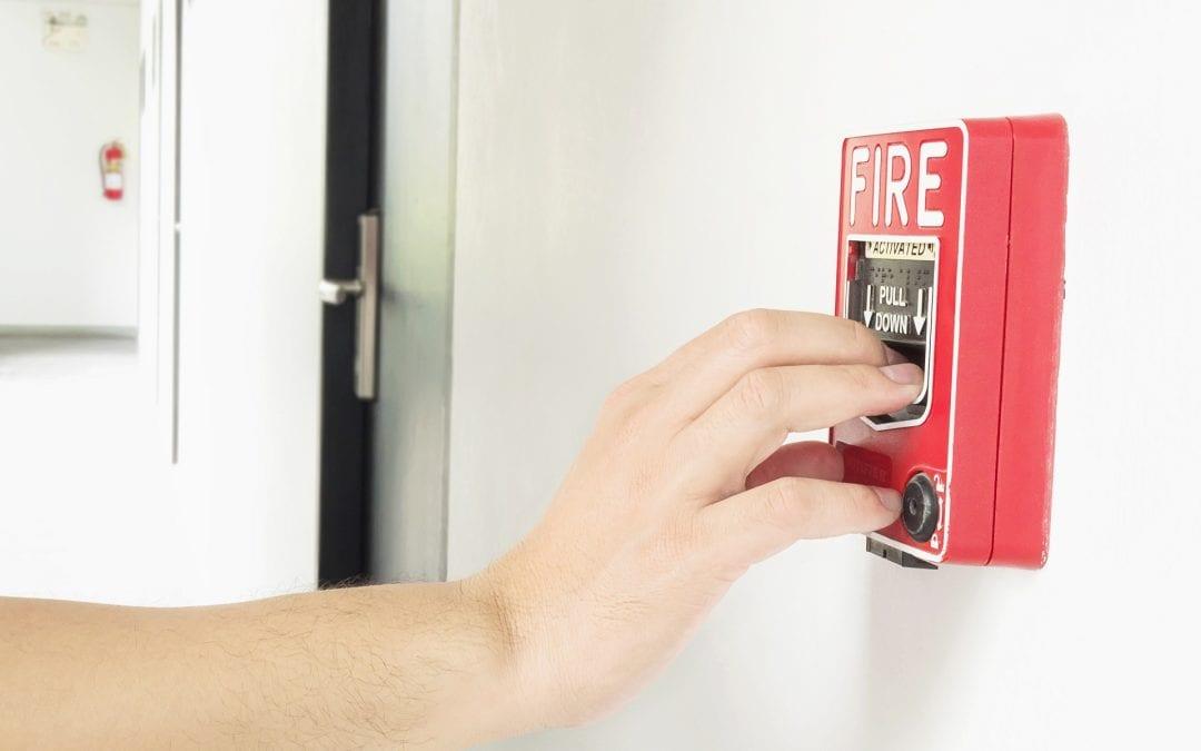 Wymogi bezpieczeństwa pożarowego w firmie