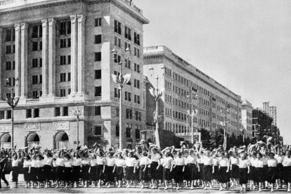 Historia PIP: w gorsecie administracji państwowej