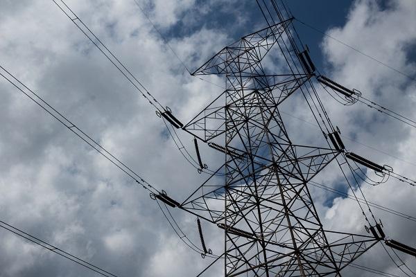Nowe przepisy bhp przy urządzeniach energetycznych