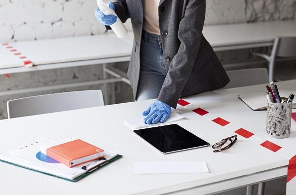 Czy w biurze trzeba nosić maseczkę?