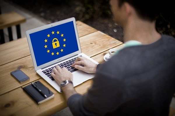 Ochrona informacji i danych podczas pracy zdalnej