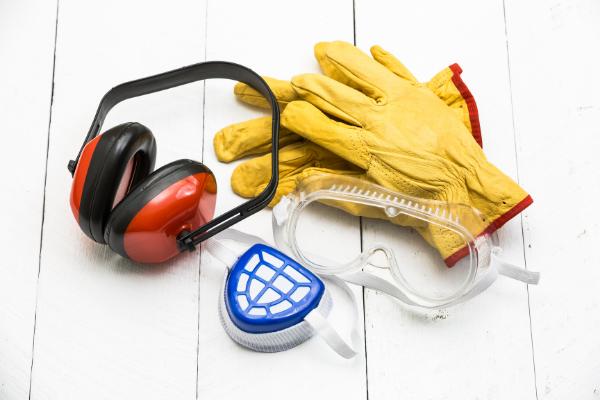 Jak outsourcing BHP może pomóc pracodawcom w czasie pandemii?