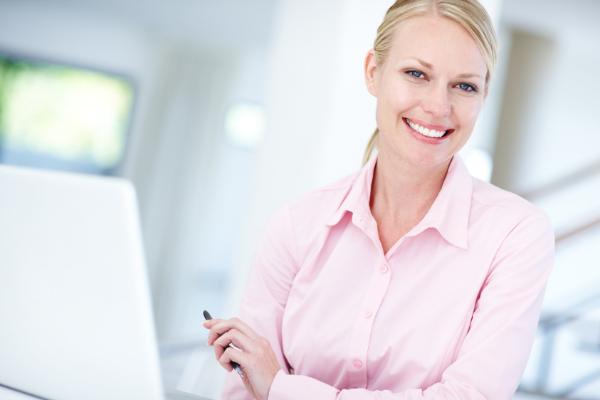 Pozytywne aspekty pracy zdalnej z perspektywy pracownika i pracodawcy