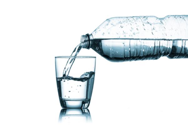 Woda zdatna do picia – czyli jaka?