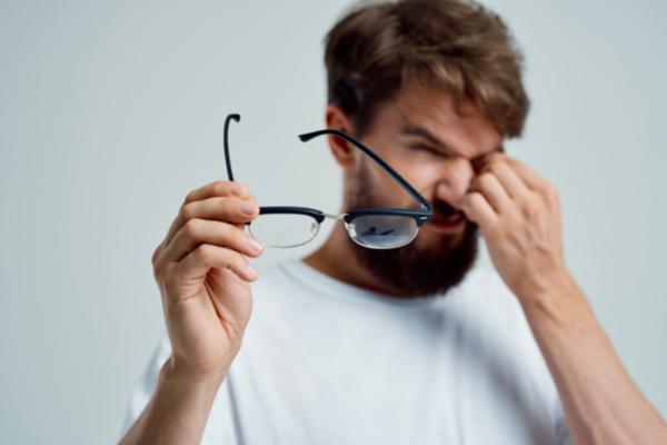 7 zasad dbania o oczy podczas pracy przy monitorze