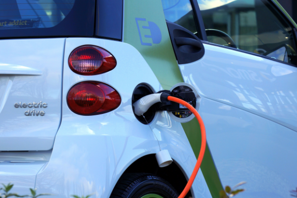 NFOŚiGW będzie udzielał dopłat do leasingu aut elektrycznych